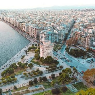 2-thessaloniki_and_the_white_tower_from_above-1